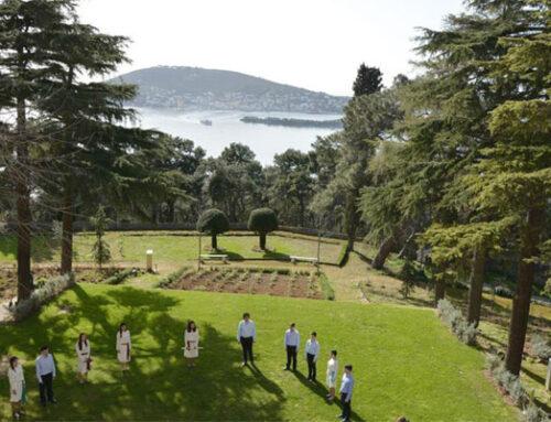 Οι θεματικοί κήποι της ιεράς Θεολογικής Σχολής της Χάλκης.