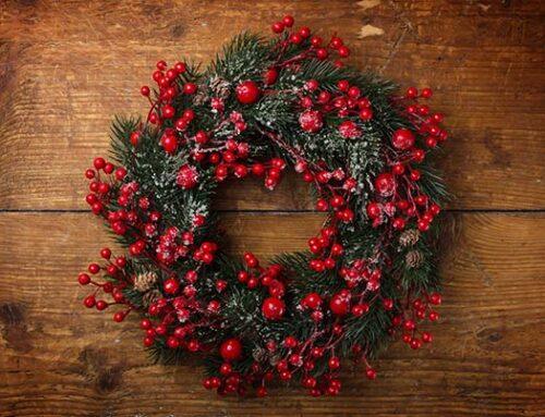 Διακοσμήστε το σπίτι σας με χριστουγεννιάτικα στεφάνια